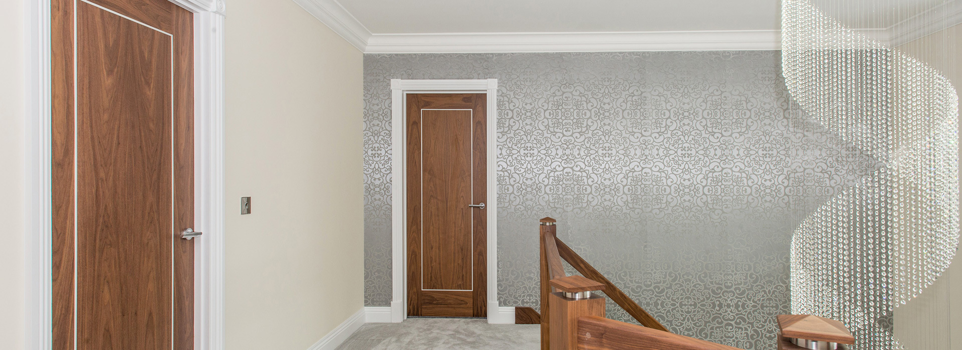 White door architrave with Walnut doors