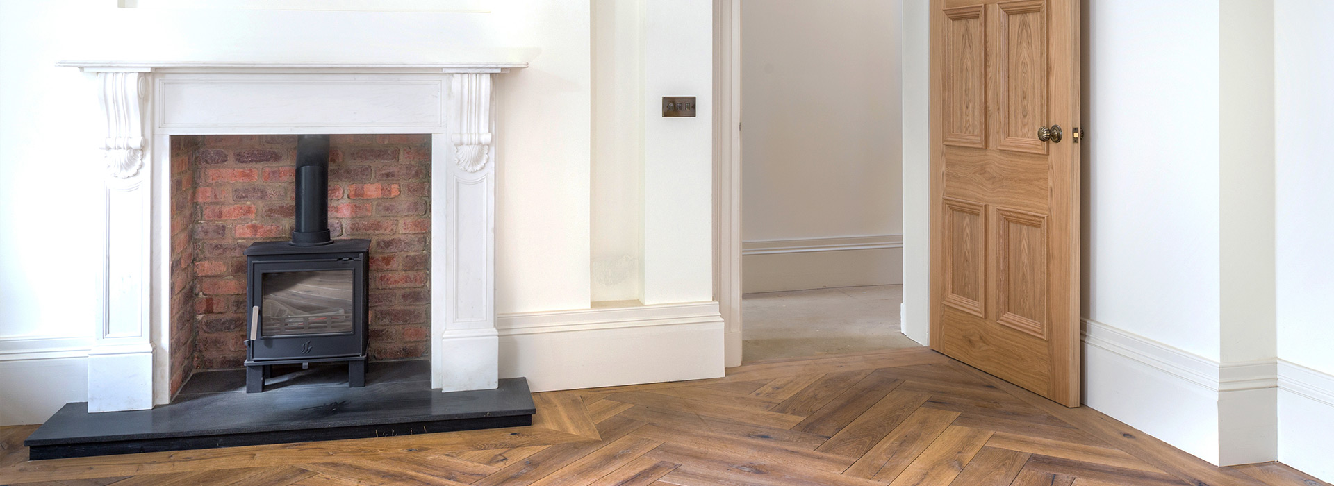Herringbone floor and Oak door