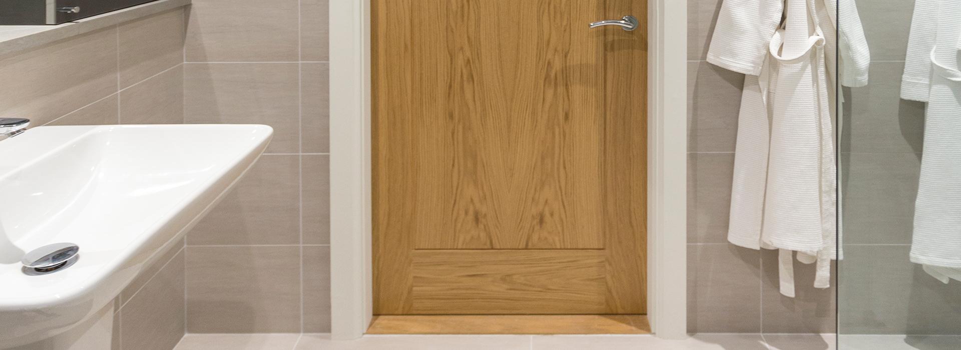 Oak ensuite door