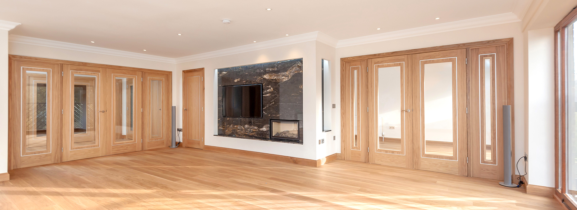 Bespoke oak screens